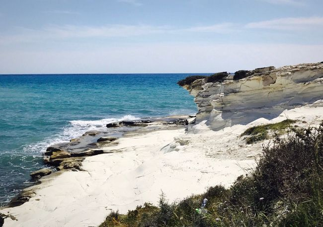 🌱 Sea Nature Water Rock - Object Scenics Beauty In Nature Horizon Over Water Sky Tranquil Scene Tranquility Sea No People Outdoors Wave Day Beach Sea And Sky Landscape Plants