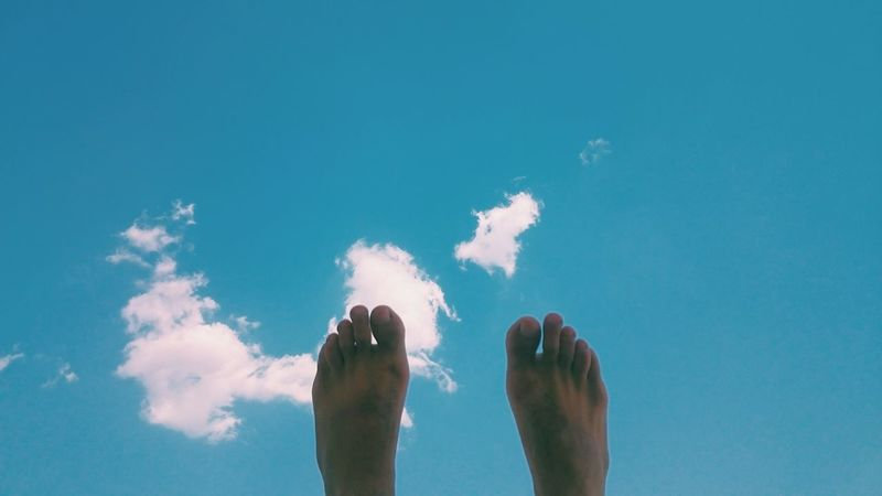 Fine Art Photography Walking Abstract Sky Space White Blue Skylovers A Part Of Body Feet Fingers VSCO Vscocam Summer Summer Views Summer Vibes Summer2016