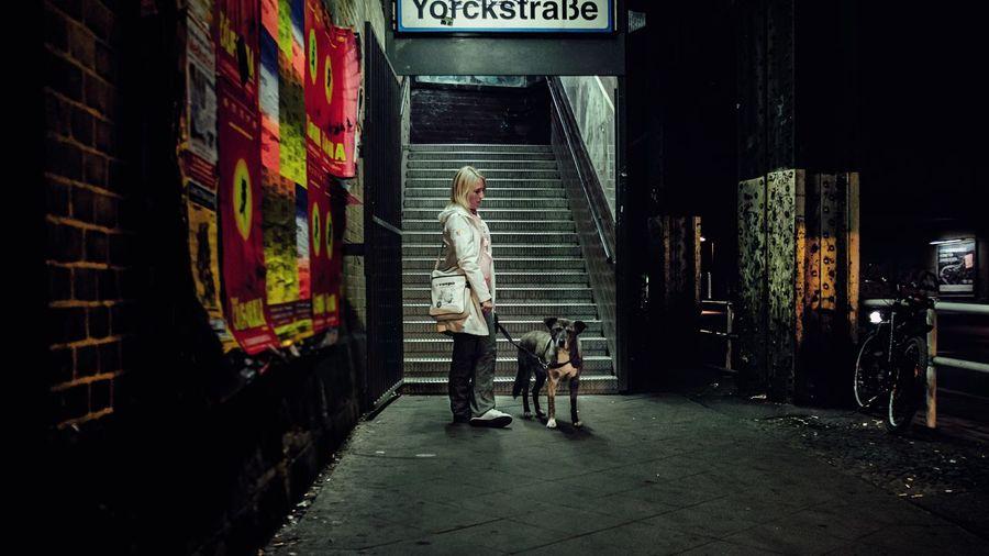 "- ""THIS BLOODY BASTARD STOOD ME UP ""- Taking Photos Date Nightphotography My Fuckin Berlin Berlin Kreuzberg Check This Out The Street Photographer - 2015 EyeEm Awards N \ VEA ★ CREME Discover Berlin"