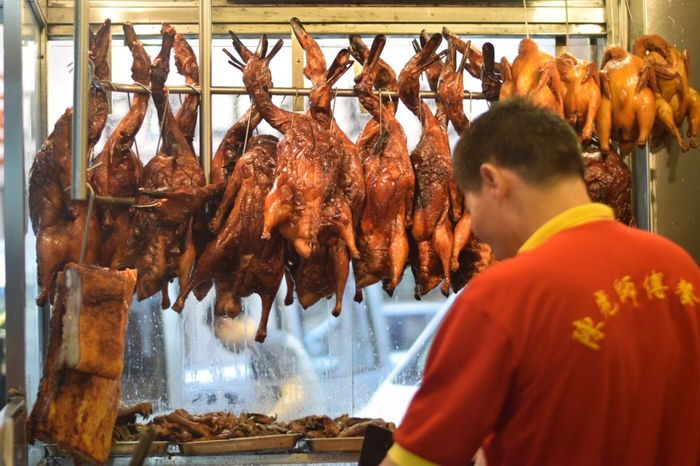 behind the scene .. HongKong Macau Hongkongfood Roasted Roasted Duck Streetfood Duck Meal Cooking Tasty Food Freshness Meat Food And Drink Healthy Eating One Person Real People Day Men Working Only Men Close-up Indoors  One Man Only People