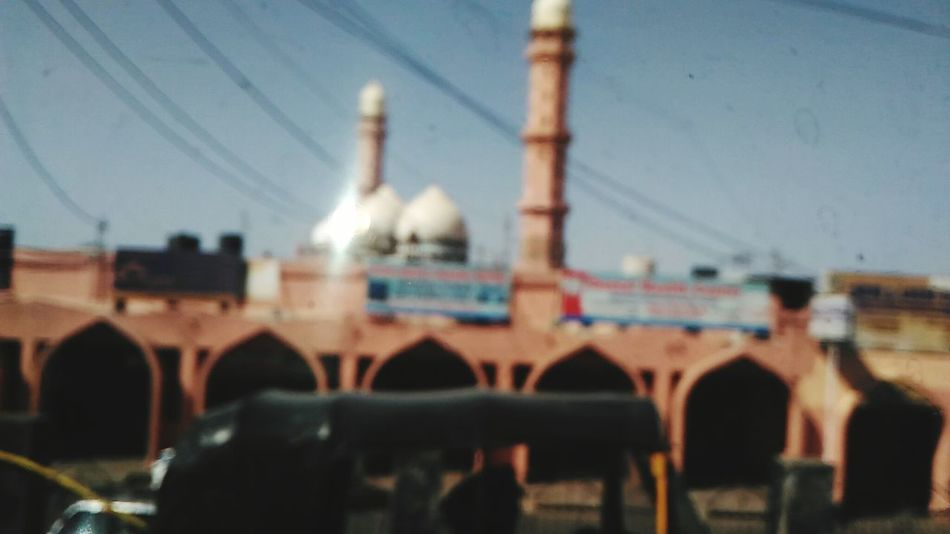 Showing Imperfection Bhopal Taj Ul Masjid Auto India Indian Road Mosque Blur Image God Up Close Street Photography