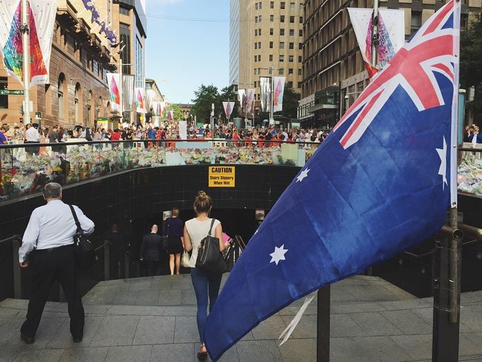 The love, the people, the flower and messages... And the sadness. Sydneysiege Open Edit
