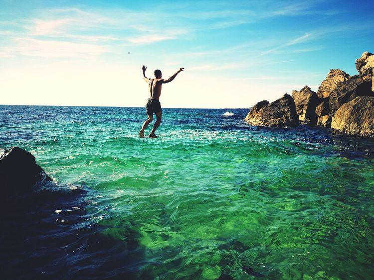 Freedom Sea Vitality Carefree Outdoors People Motion Sky Adventure Vacations Beach Water Waterline Slacklife Slackline Vibrations Sardinia Lifegoals