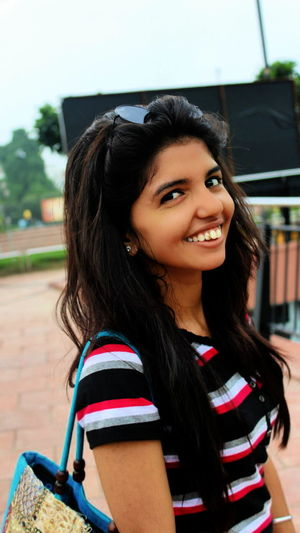 nikki .... Cute Cutest Cuteness Cutee Beautiful Delhi Delhidiaries Beautiful Day Nikki Girl Canon Canonphotography Canon_photos Canon 1200D Canon1200d