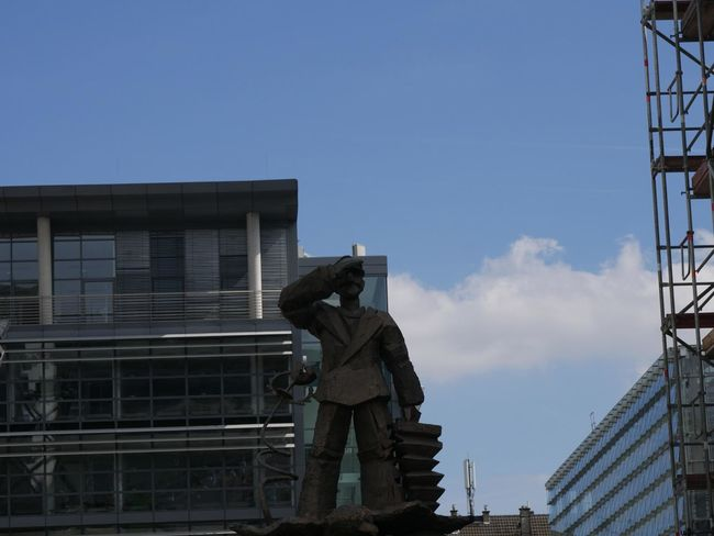 Architecture City City Life Day Modern Outdoors Skulptur Sky Travel Destinations