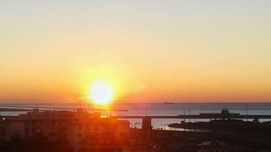 Clear Sky Sunny Good Morning Smartphone Photography Mobilephotography S3 Mini Sunrise Sunrise_sunsets_aroundworld City Water Sea Sunlight Horizon Sun Silhouette Awe Atmospheric Mood Cumulus