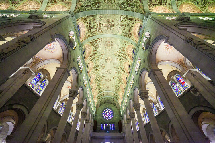 Church EyeEm Best Shots EyeEm Selects EyeEm Gallery EyeEmBestPics EyeEmNewHere Majesty Perspective Quebec Architecture Canada Ceiling Frescos History Indoors  Marble No People Pilgrimage Place Of Worship Saint Anne De Beauprè Structure Wide Angle View