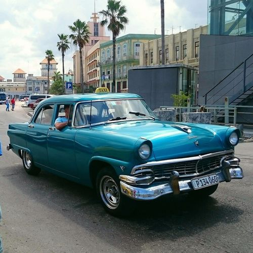 Car Collector's Car Vintage Car Transportation Old-fashioned Day Travel Destinations Outdoors Architecture City Cuba Habana Turistic Places