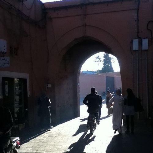 Un dia mas y a la verga Marroco Marrakech Maruecos Rayado me mexico goback nomorewar worldwarz