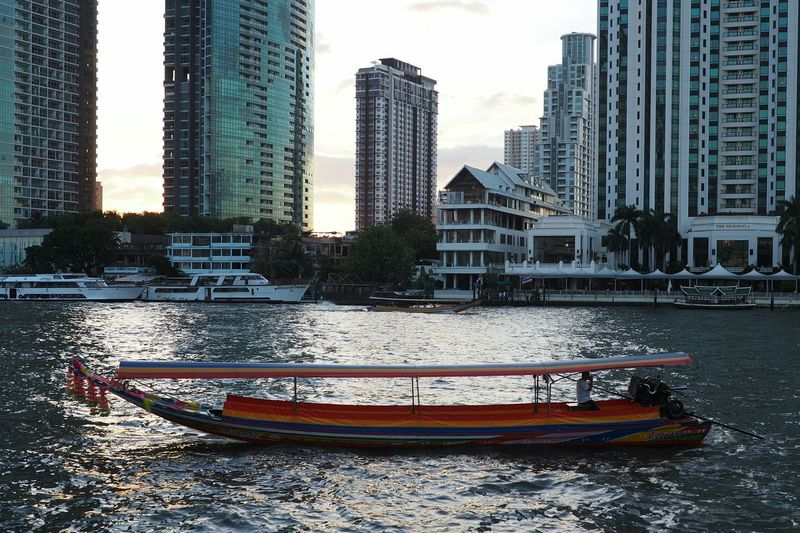 Long tail boat,