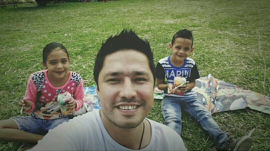 Medellin City Domingo La Familia