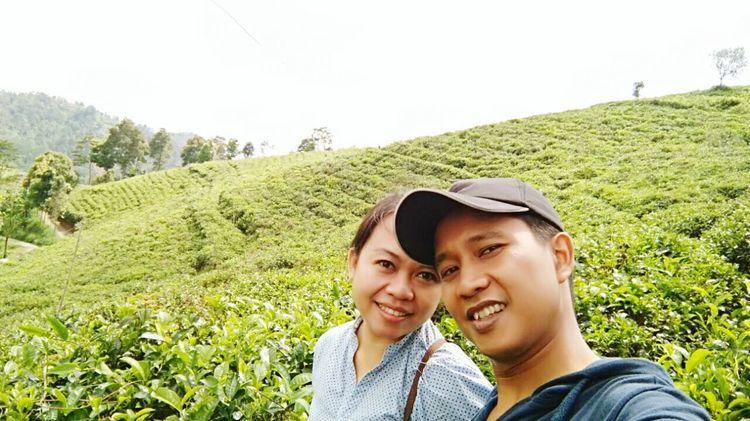 Explorecentraljava Surakarta Couples Shoot E&r Pose Kemuning Kebun Teh