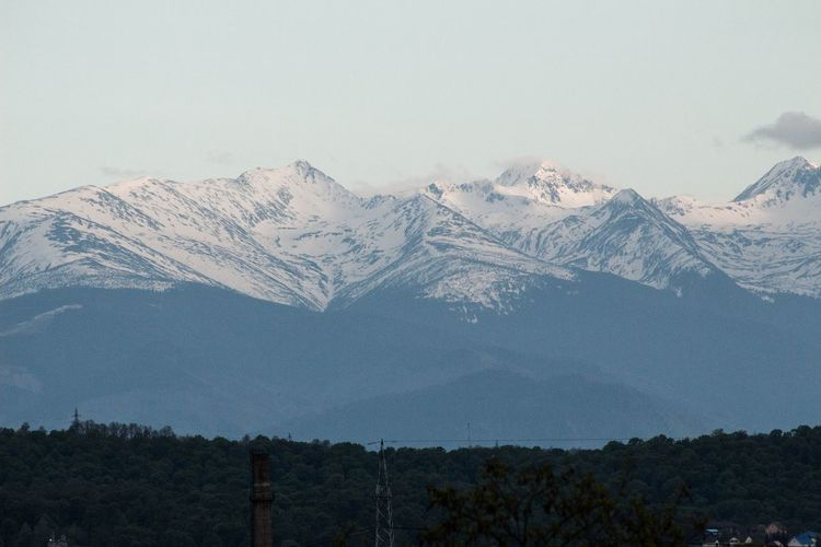 Retezat mountain Mountain Landscape Mountains And Sky Mountains And Snow