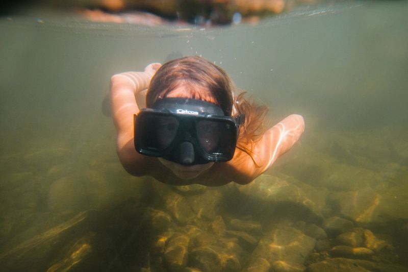 Water Real People Swimming One Person Leisure Activity Underwater Lifestyles Focus On Foreground Nature Day Sea Adventure Portrait Outdoors UnderSea Scuba Diving