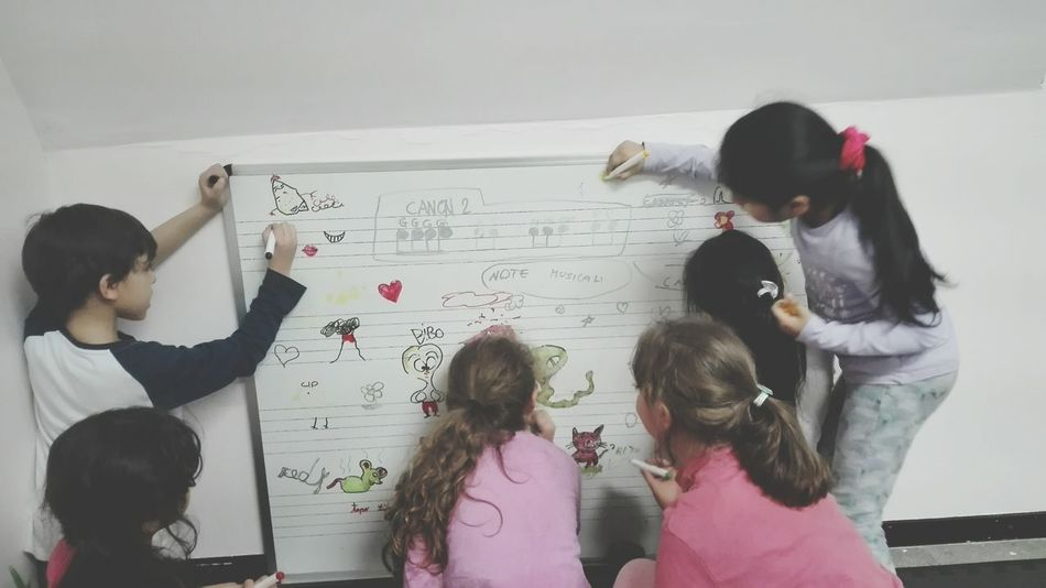 Whiteboard Education Student Girls Child People Classroom Indoors  Sing School ✌ Friendship Childhood Teamwork Formula Togetherness Day Adult