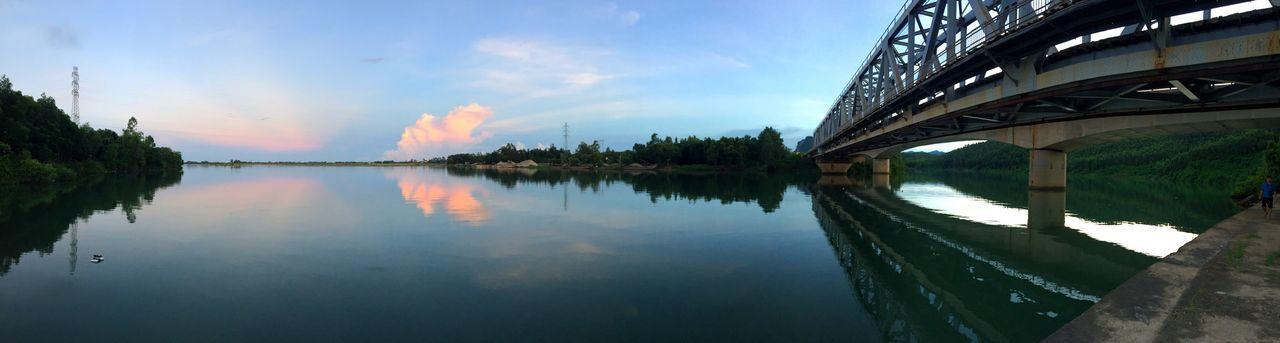 Riverside River View Bridge Train Rail Quangbinh Phong Nha-Ke Bang National Park