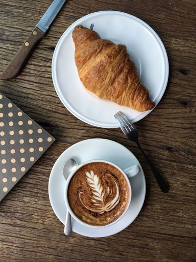 Have yourself a merry little breakfast... Breakfast Foodphotography Crossaint Bekery Love Mealtime Enjoying Life Cappuccino Coffee