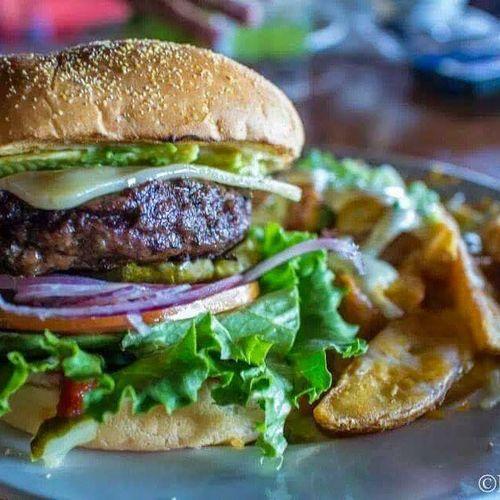 Burgerporn Pioneertown Pappyandharriets Burger Cheesefries Avocado Daburgertour