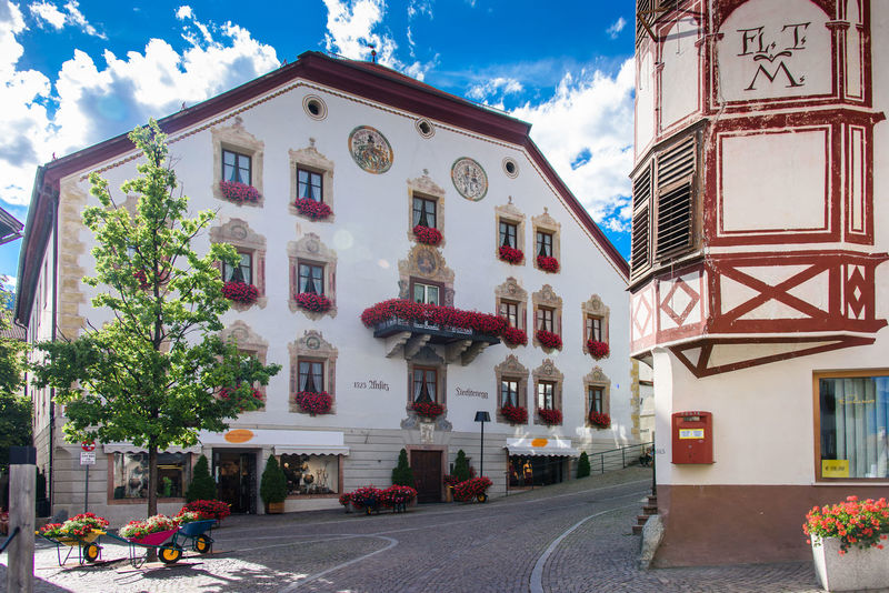Malles Venosta - Mals Old Town Architecture Building Building Exterior Built Structure City Cloud - Sky Day House Italy Nature Outdoors Palace Residential District Sky South Tyrol Vinschgau