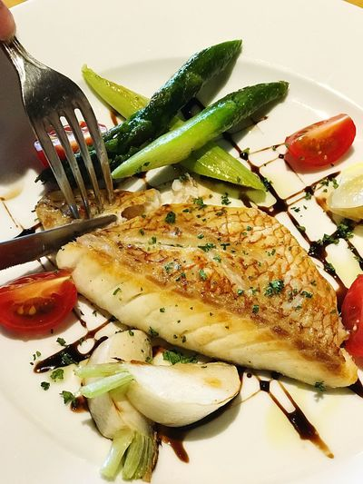Crunchy fish sautéed Fish Fish Food And Drink Food Still Life Healthy Eating Plate Wellbeing Freshness Vegetable High Angle View Garnish Fork Indulgence Serving Size Eating Utensil Kitchen Utensil Ready-to-eat