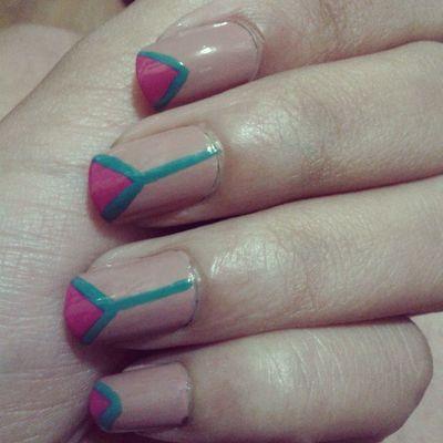 Tenia mucho que no inventaba con mis uñas Nails Nailart  Bymyself Summernails