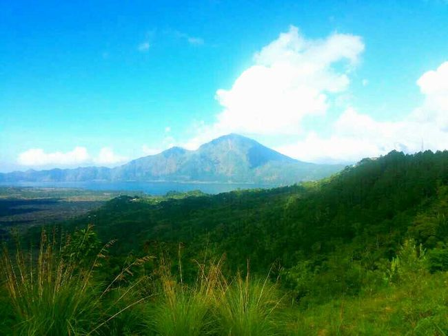 Batur mountain Kintamani, Bali - Indonesia Taking Photos Hanging Out Relaxing Enjoying Life Holiday Memories Nature Is Art Green Nature Mountains And Sky Awesome!