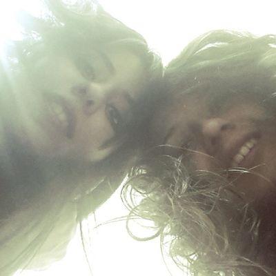Arkadan ışık vurursa Selfie Aydınlık Pozlar instafriend instagood instamood
