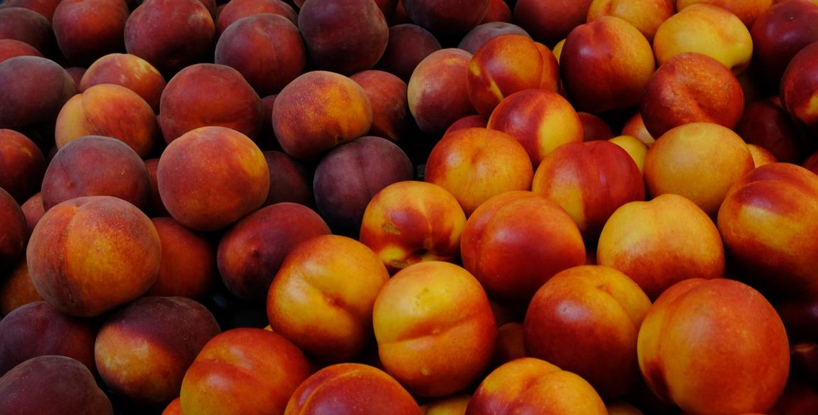 Food And Drink Freshness Fruits And Vegetables Fruits Lover Abundance Backgrounds Food Food And Drink Food Backround Food Market Food Porn Fresh Fruits Fruit Fruit Background Fruit Market Fruit Photography Fruitporn Fruits Healthy Eating Healthy Food Large Group Of Objects Peach Peach Color Peaches Peaches🍑