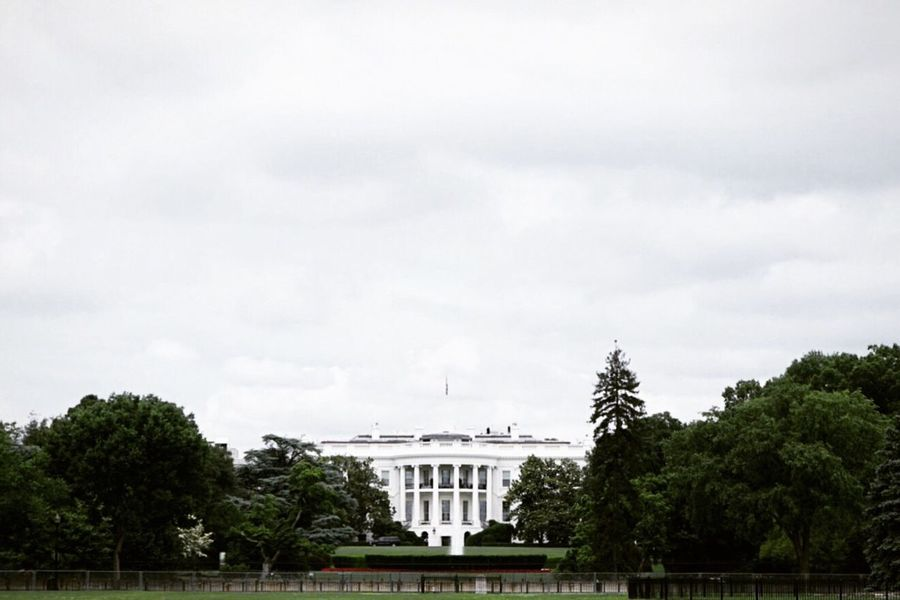 TheWhiteHouse Architecture Streetphotography Taking Photos Getting Inspired Eye4photography  From My Point Of View Architecture_collection The Architect - 2016 EyeEm Awards Beauty White Album Morning Sky Pattern, Texture, Shape And Form