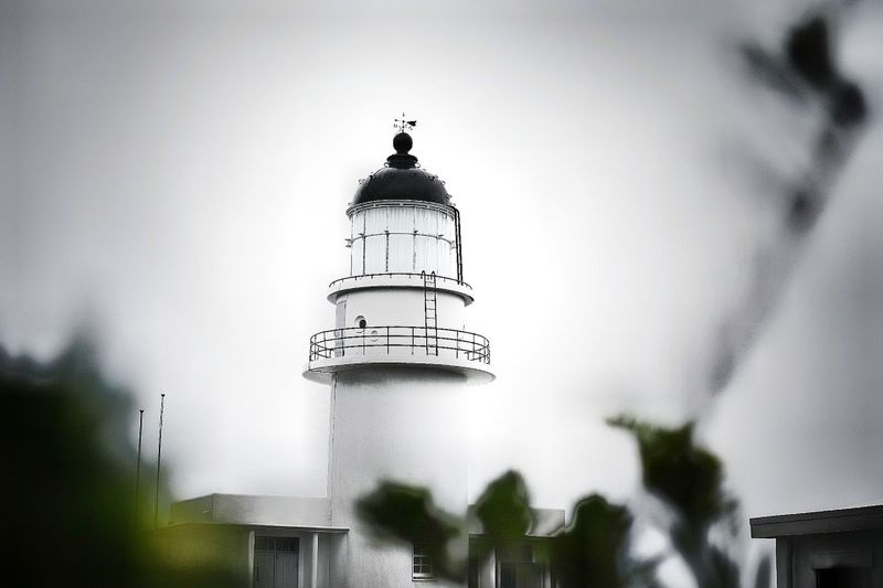 Lighthouse Light And Shadow Weather No People Tranquility Outdoors Day Beautiful Cityscape Close-up Landscape Nature Tree Streetphotography Capture The Moment People And Places Sky Architecture Building Exterior Taking Photos People Watching Relaxing Beauty In Nature Old Buildings City