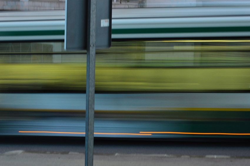 Bus➡️➡️➡️🚃 Light Lightpainting Picoftheday Catalonia Sabadell EyeEm Best Shots EyeEmNewHere Eye4photography  Backgrounds Full Frame Pattern Close-up Chainlink Fence Chainlink Security