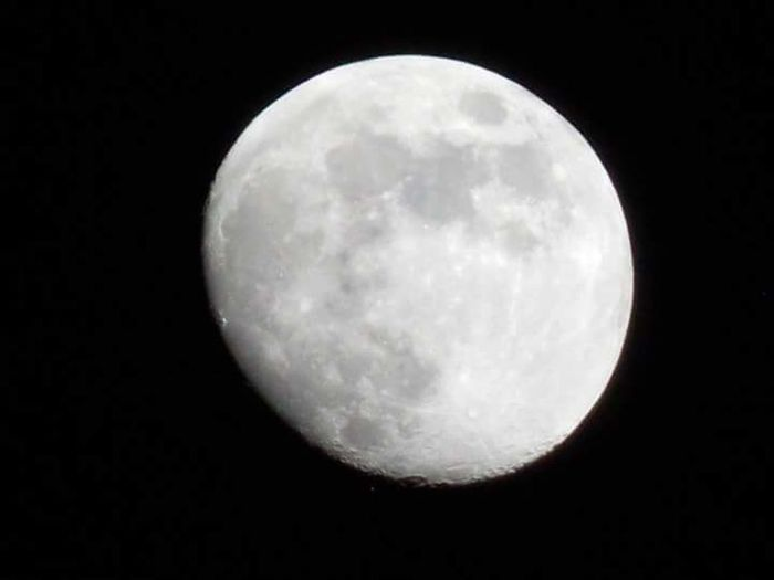 Moon Night Full Moon Moon Surface Astronomy Planetary Moon Beauty In Nature Scenics Nature Tranquility Sky Tranquil Scene Outdoors Low Angle View No People Moonlight Space Exploration Clear Sky Half Moon Close-up