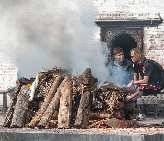 Nepal Katmandhu Dead Burn Fire Buda Tourist Travel Treditional