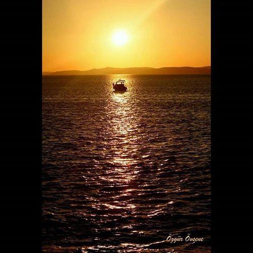 Sunset Objektifimdenyansiyanlar Objektifimden Pasalimaniadasi gündönümü gününkaresi fotografia fotoğraflar benimkadrajim sea