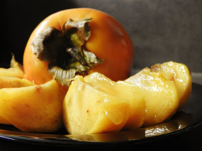 Close-up of orange fruit in bowl