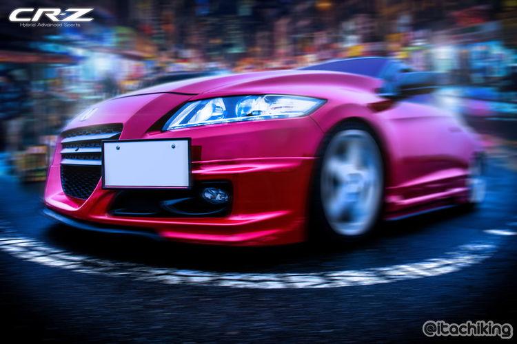 霧の芦ノ湖と常に霧がかってるニューヨークチャイナタウンはとても相性良かったようで、さらに湾岸ミッドナイト風なスピード感をつけると、いよいよゲームっぽい感じになる。デザート食べて風呂はいろ。 Mode Of Transportation Car Transportation Motor Vehicle Speed Blurred Motion Motion Land Vehicle City No People Night Red Sports Car Street Illuminated Racecar Architecture Shiny Modern Wheel Luxury