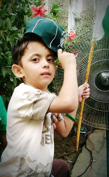 Pakistan Zindabad <3 Cute Baby !!!!