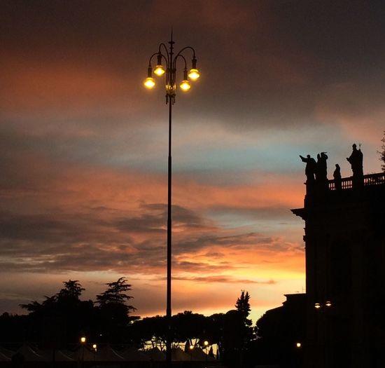...senza filtri per scelta, a volte il cielo non ne ha proprio bisogno! Cloud And Sky Sunset Taking Photos Light And Shadow