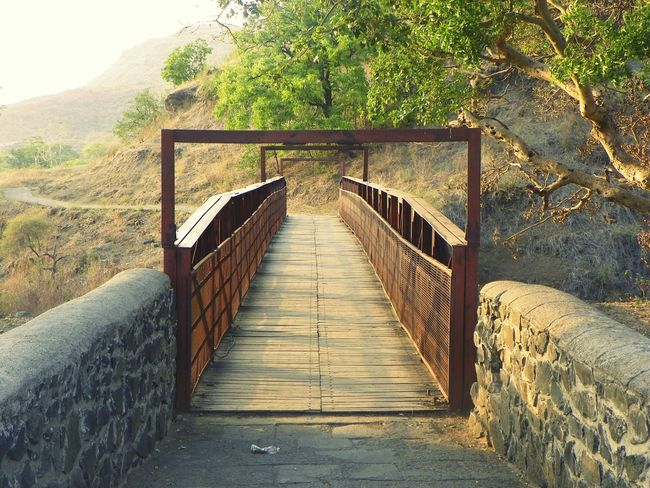 A lonely bridge in mumbai Hanging Out Check This Out Taking Photos Bridges Enjoying Life Journeyphotography Travelling Photography Nature_collection Naturelovers