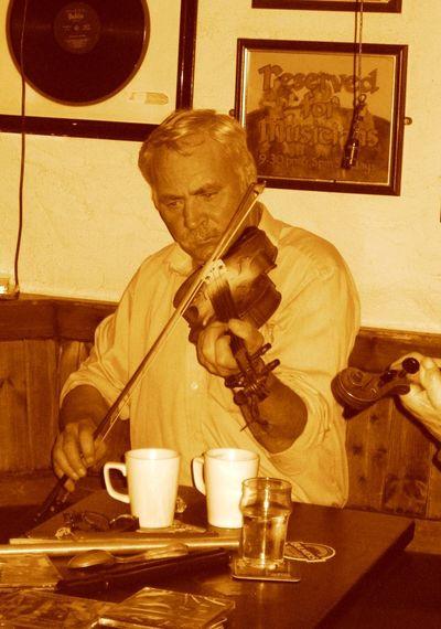 Ireland Irish Music Music <3 Music Life Old Man Pub Violine