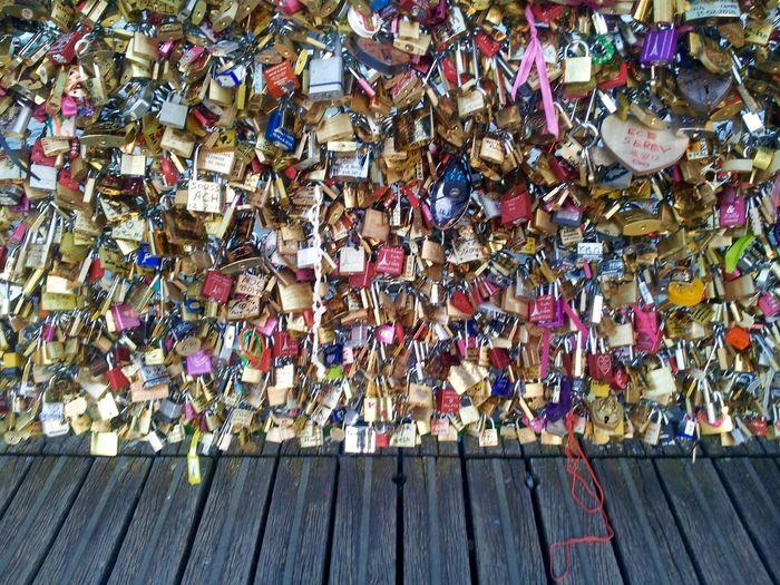 Abundance Bridge Close Up Full Frame Lock Love ♥ Lovers Metal Metallic Multi Colored Locks Pont Des Arts Paris Souvenirs Love Locks Bridge