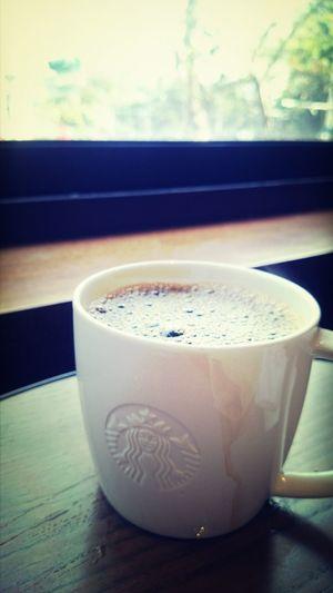 "Today's BrewedCoffee ""Casi Cielo"". 出現在冬季就要結束時,涵義是""就像在天堂"". 入口在舌後會有一股很濃的檸檬酸味~但很快轉為溫和的餘甘味,喝起來層次分明 Coffee ☕"
