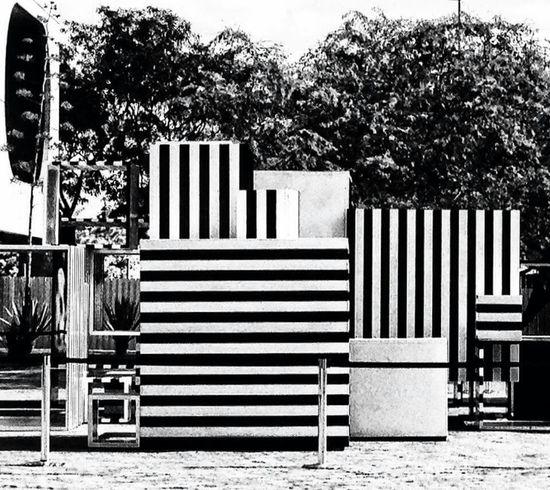 P&B Blak And White Sculpture Striped Contrast Art Brasil
