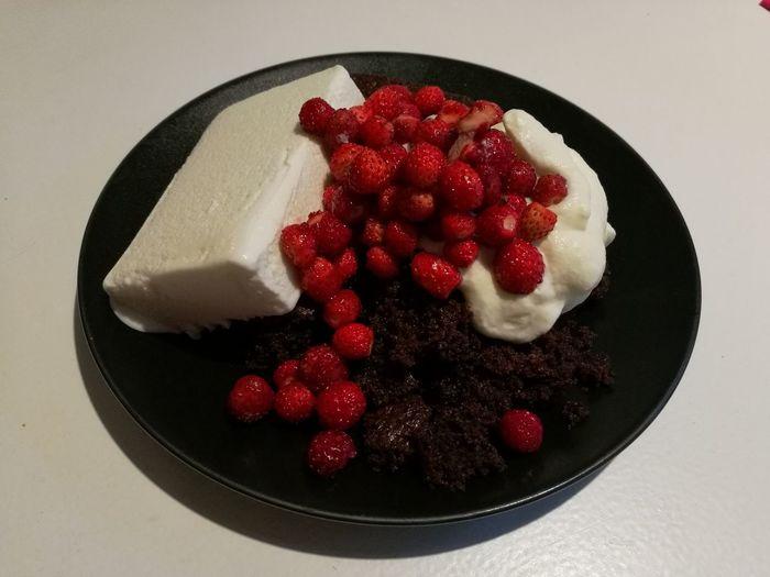 Chocolatecake, vanilla Ice Cream , whipped cream, fresh Wild Strawberries.. Dessert Dessert Porn HuaweiP9 Purist No Edit No Filter Nofilter Noedit Just Now The OO Mission