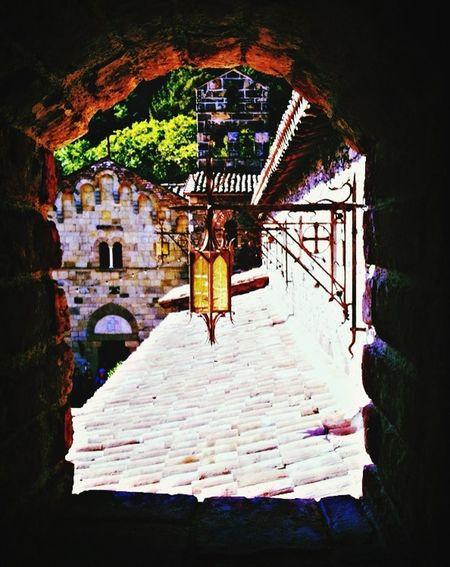 Castillo Di Amorosa Window ❤️
