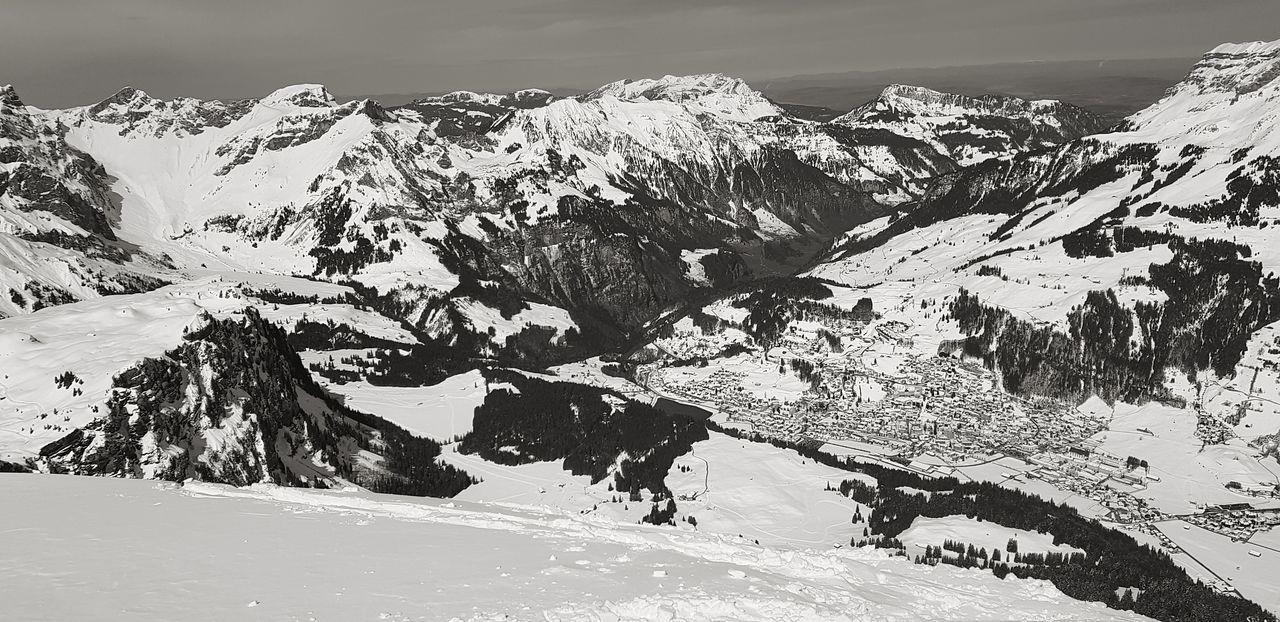 Blick auf Engelberg Titlis,Switzerland Sky Forest Cloud - Sky Snow Laub Ski Ink Mountain Backgrounds Close-up