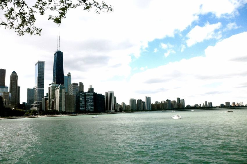 Chicago Summertime Traveling Enjoying Life Exploring New Ground Growing Better My Country In A Photo The Great Outdoors - 2015 EyeEm Awards Amazing Architecture Cityspaces