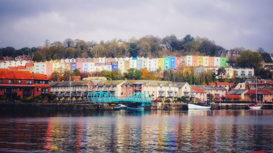 Bristol Harbourfront Photowalktheworld The Architect - 2018 EyeEm Awards EyeEm Selects Colourful Houses Waterfront City Water Multi Colored Town Lake Sky Building Exterior Settlement Residential Structure Human Settlement TOWNSCAPE Old Town Building Cityscape Urban Skyline