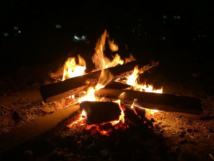 kamp ateşi.. Flame Burning Heat - Temperature No People Night Dark Metal Industry Close-up Outdoors Nature