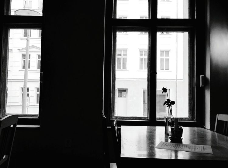 Day 77 - Restaurant Blackandwhite Minimalism Berlin 365project 365florianmski Day77